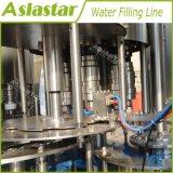 Lijn van de Verpakking van het Water van het roestvrij staal de Automatische Gebottelde Vullende