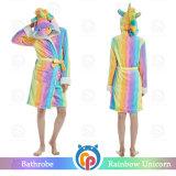 2018 Última moda Unicorn franela adulto albornoz