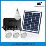 Il sistema di illuminazione domestico solare può illuminare in su 4 stanze per 8 ore con il caricatore del telefono
