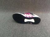 熱く新しい販売の女性のスニーカーの靴
