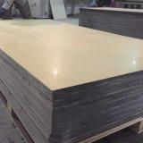 El panel acústico de madera para el estudio