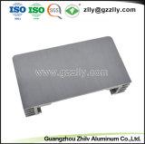 6063 Aluminium extrudé personnalisé pour l'équipement audio de voiture de dissipateur thermique du radiateur avec la norme ISO9001