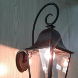 Apliques de cobre antiguos clásicos y decorativos de la pared de la lámpara de huracán de la linterna para el restaurante