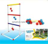 Het Spel van de Worp van de Ladder van de tuin met 6 Golfballen en het Dragen Geval wordt geplaatst dat