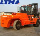 Carretilla elevadora diesel grande a estrenar de 30 toneladas de Ltma