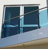 테라스 난간 시스템을%s 색을 칠한 유리제 알루미늄 U 채널 단면도 방책 디자인