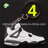 Anello chiave del nuovo retro della scarpa da tennis 4 del pattino metallo di gomma molle Aj della catena chiave