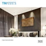 Panneau insonorisé couvert de tissu décoratif intérieur amical de fibre de polyester d'Eco pour le panneau de mur