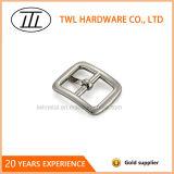 O metal de prata da liga do zinco dos acessórios do vestuário calç a curvatura