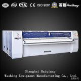 Vier Rollen-vollautomatische industrielle Wäscherei-Bügelmaschine