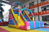 膨脹可能なサーカスのピエロの城の主題は遊園地のためのスライドを乾燥する
