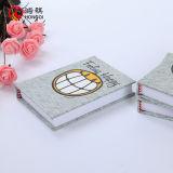 Cuaderno gris de la cubierta de la cartulina de 2m m