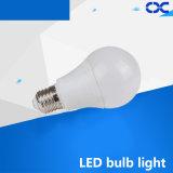 Alumínio elevado de Quatily com luz de bulbo do diodo emissor de luz do plástico 5W