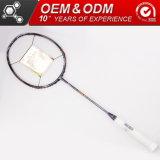 Fibra de carbono de profissionais de ataque Badminton Racket para Sporting Goods