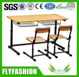 Mesa ajustável do dobro o mais novo da sala de aula do estudo do estudante com cadeira