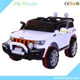 Les véhicules électriques des enfants à télécommande à quatre roues neufs de Quattro