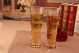 Jugo de vino, cerveza, agua clara de la copa de cristal para beber cristalería