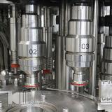 Clés en main accomplir la chaîne de production mis en bouteille de jus