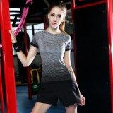 Le gradient des femmes faits sur commande folâtre le T-shirt