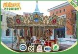 O passeio do parque de diversões caçoa o carrossel musical com 16 assentos