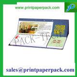 習慣によって印刷される様式およびペーパーカバー物質的な卓上カレンダー