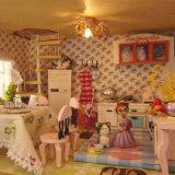 Casa de muñeca grande de madera hecha a mano para la educación