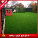 가정 정원으로 정원사 노릇을 하기를 위한 최고 인공적인 뗏장 잔디밭 잔디