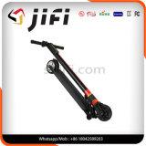 Scooter électrique de coup-de-pied de l'équilibre de 2 roues le plus léger avec l'éclairage LED