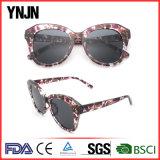 Les femmes colorées d'OEM/ODM ont polarisé des lunettes de soleil avec la FDA de la CE (YJ-F13011)
