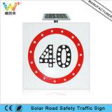 Waarschuwingssein van het Verkeer van het Teken van de Maximum snelheid van de weg het Zonne Aangedreven