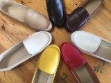 Chaussures plates d'unité centrale de femmes. ---20000pairs