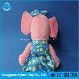 Elefante Rosa sorridente brinquedo recheadas de pelúcia macia com saia