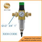 Des Wasser-X830 Filter-System vor