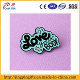 O monograma/Pin de lapela delicada que meninas como