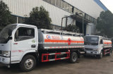 Dongfeng 4X2 essence Tank Truck 800 à 1000 gallons de camions de carburant