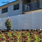 Novo design de gabinetes com frestas para jardim