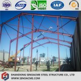La estructura de acero de la instalación del almacén de pórtico móvil