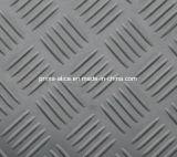 Мелкий рубчик из резинового коврика для использования вне помещений