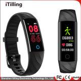 Bluetooth IP67の方法ギフトの適性のスマートな腕時計は、涼しい夜実行を追跡する防水し、スポーツ水で泳ぎ、上る乗車ハイキングする