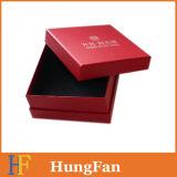 최신 각인 로고를 가진 호화스러운 빨간 포장 서류상 선물 상자