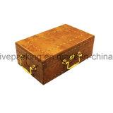 Rectángulo de madera del perfume con diseño de la vendimia