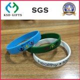 La gomma su ordinazione di modo ha stampato/impresso/Debossed/Wristband luminoso del braccialetto del silicone con il marchio