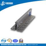 Juntas de aluminio sacadas del movimiento en bloques de cemento