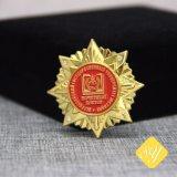 Блестящие цветные лаки с золотым покрытием OEM на заказ Тин металлический подарок сувенир полиции логотип