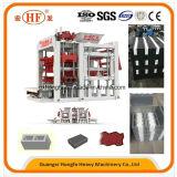 Automatischer konkreter Ziegelstein/Block, der Maschine herstellt