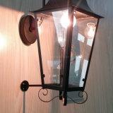 Klassische und dekorative antike kupferne Laterne-Hurrikan-Lampen-Wand-Leuchter für Gaststätte