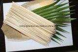 Natureza espetos de bambu descartáveis