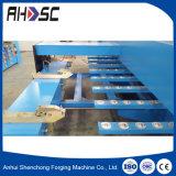 L'élévateur en acier inoxydable V Groving machine CNC, rainure en V de la machine de cisaillement