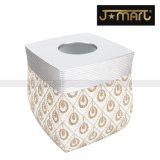 Il lavaggio moderno della casa fornisce gli elettrodomestici per la decorazione della stanza da bagno