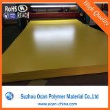 Feuille rigide de PVC de couleur jaune opaque pour l'impression offset UV